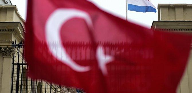 Hollanda Göç ve Vatandaşlık Kurumu: Türkiye'den 1020 kişi 'beyin göçü' için başvurdu