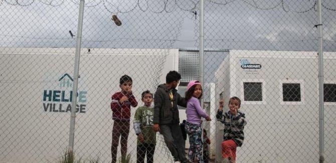 Yunan adalarındaki mülteci kamplarına Oxfam'dan kınama