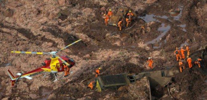 Baraj çöktü: 300'den fazla kayıp