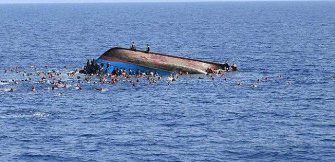 Akdeniz günde 6  göçmene mezar oldu