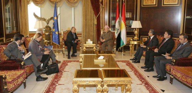 AB: Kürdistan Ortadoğu'da iyi bir örnek!