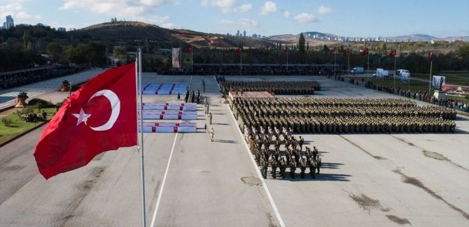 Askerlikte yeni dönem: Temel askerlik 1 ay olacak