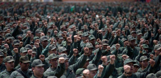 Maduro, Venezüella tarihinin en büyük askeri tatbikatını başlattı