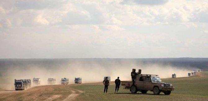 SOHR: 240 yabancı IŞİD'li HSD'ye teslim oldu