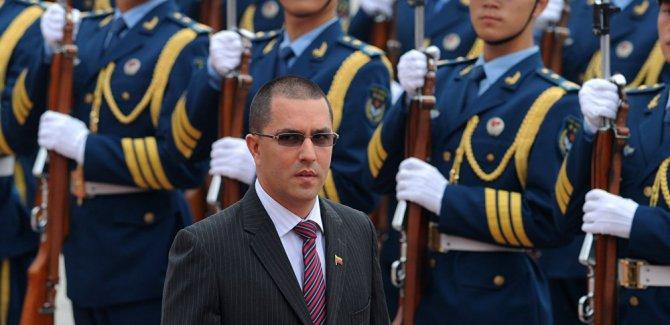 Venezüella: Her türlü saldırıya karşılık veririz