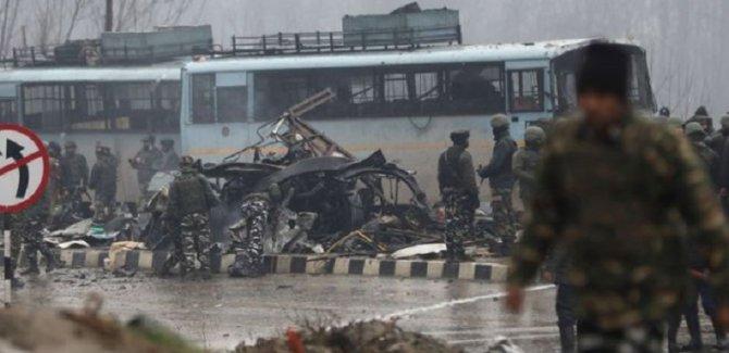 Askeri konvoya saldırı: En az 40 ölü