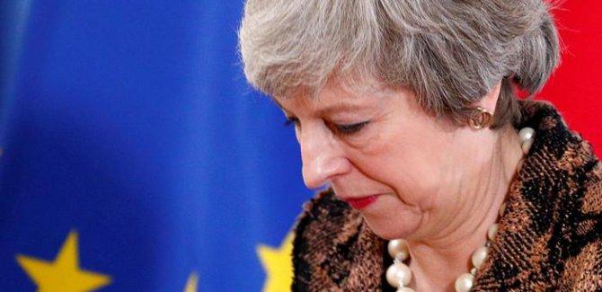 İngiliz parlamentosundan Başbakan'a ikinci ret