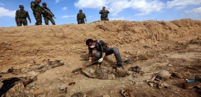 Suriye'de Yeni Bir Toplu Mezar Bulundu