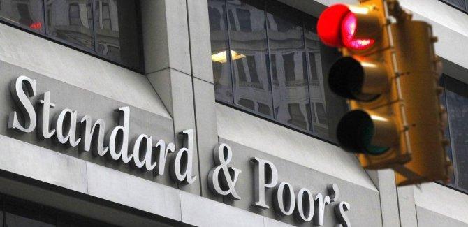 Standard & Poor's: Türk lirasında dengelenme var ancak ekonomi daralacak