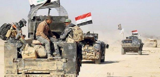 """Irak, Suriye sınırına """"takviye güç"""" gönderdi"""
