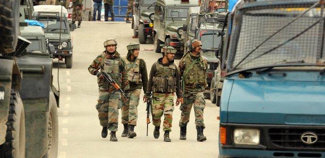 Çin'den Hindistan ve Pakistan'a itidal çağrısı