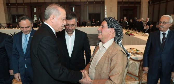 Erdoğan, Kürt kanaat önderleriyle görüştü