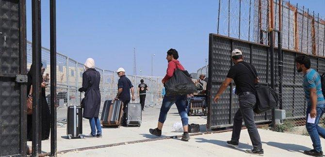 'Türkiye'den ülkesine dönen Suriyeli sayısı 313 bini aştı'