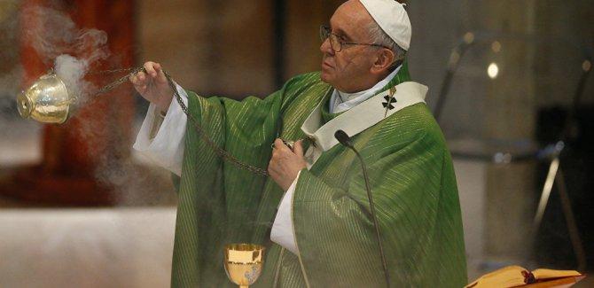 Vatikan, İkinci Dünya Savaşı gizli arşivlerini açıyor