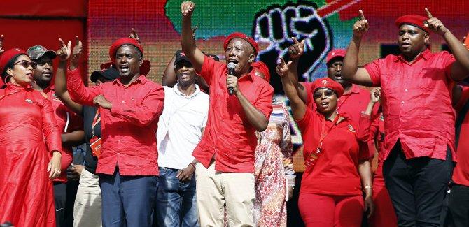 Güney Afrikalı siyasetçi : Beyazlar siyahlara hizmet etmeli