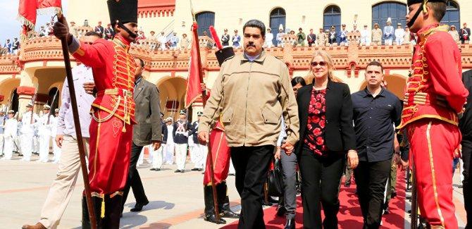 Maduro'dan çağrı: Biz de sokakta olacağız