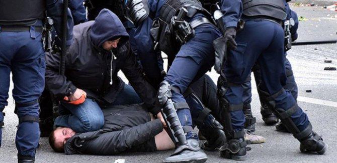 """BM'den Fransa'ya polis şiddeti iddialarını """"eksiksiz"""" soruşturma çağrısı"""