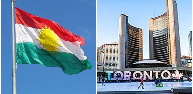 Al a Kurdistanê liser avahiya şaredariya Toronto ya Kanada tê bilind kirin