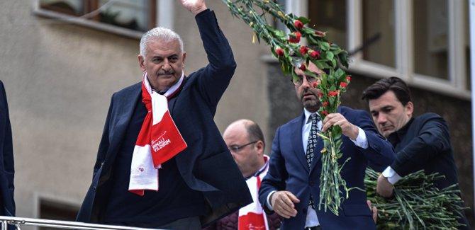 Yıldırım: Kürt iseniz Kürtlüğünüzle, Türk iseniz Türklüğünüzle gurur duyun