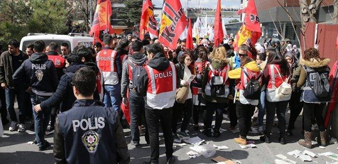İstanbul'daki Newruza 33 gözaltı