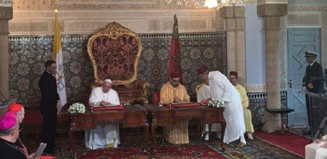 Papa ve Fas Kralı'ndan Kudüs çağrısı