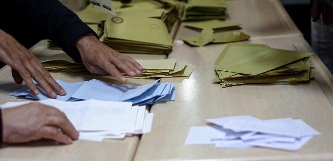 İstanbul'un 15 ilçesinde geçersiz oylar yeniden sayılacak