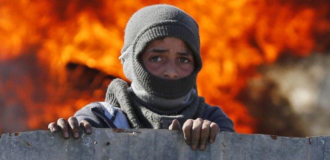 'İsrail, Filistinli çocuk tutukluları ağır para cezalarına çarptırıyor'