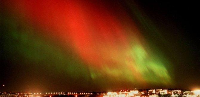 Uzaylı sanılan gizemli ışıkların kaynağı NASA deneyi çıktı