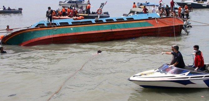 Kongo'da tekne battı: 13 ölü, 142 kişi kayıp