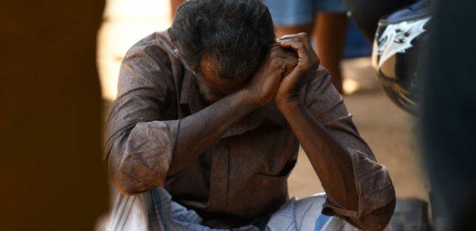 Sri Lanka'da yaşamını yitirenlerin sayısı 310'a yükseldi