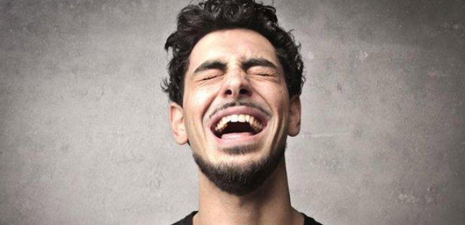 Gülmek kalp krizi riskine karşı koruyor