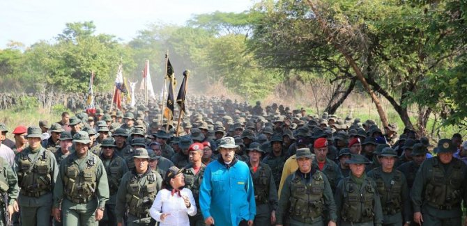 Maduro'dan orduya: ABD'ye karşı hazır olun
