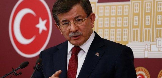 'Davutoğlu parti kurma konusunda geri adım attı'