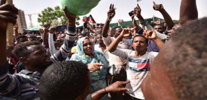 Sudan'da Şiddet Durulmuyor
