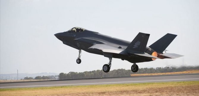 ABD: Türk pilotların F-35 eğitimi devam ediyor