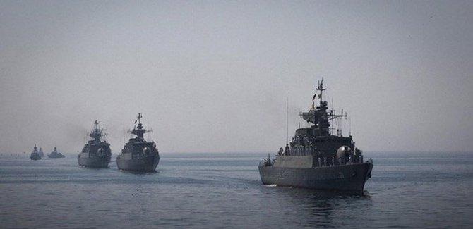 Devrim Muhafızları: Amerika gemileri kontrolümüz altında