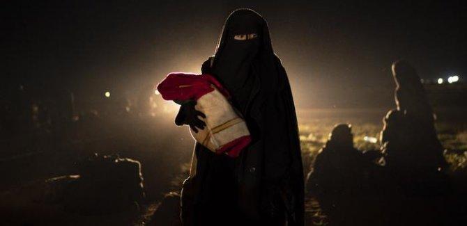 Hollanda ve Irak IŞİD'li kadın ve çocuklar için uzlaştı