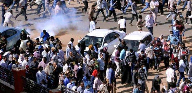 Sudan'da gerginlik tırmanıyor: 60'dan fazla ölü var