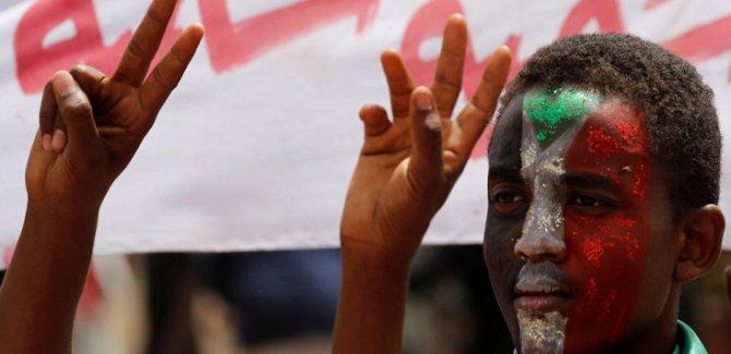 Sudan'da Sivil İtaatsizlik Eylemleri Ve Genel Grev Başladı