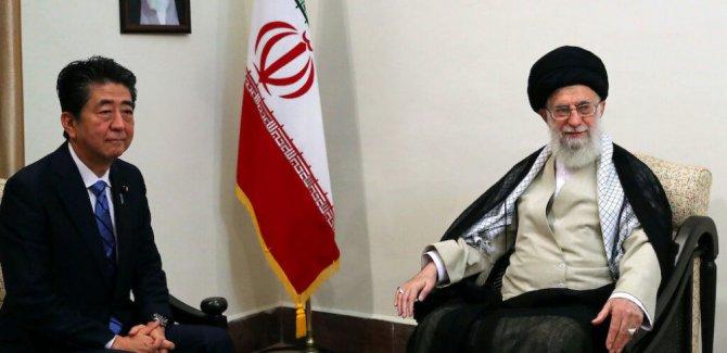 Ayetullah Hameney: Trump'ı karşılıklı mesajlaşmaya değer bulmuyorum