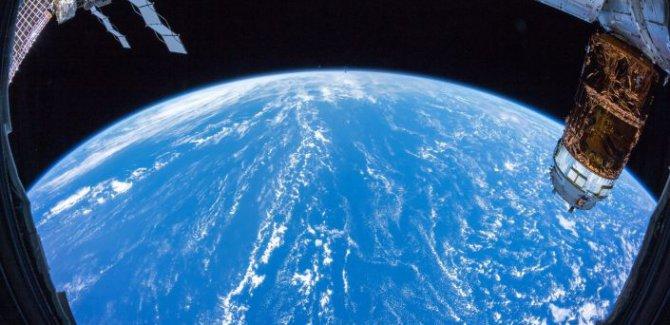 NASA, Uluslararası Uzay İstasyonu'nda bir gece geçirmenin fiyatını açıkladı