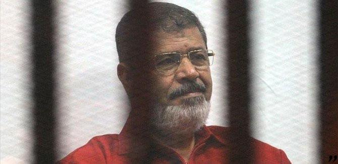 'Mursi'ye, yere yığıldıktan sonra 20 dakika müdahale etmediler'