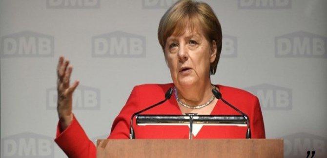 Merkel:Kürtlere adil şartlar sunulmalıdır