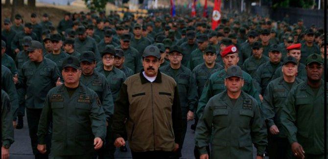 Maduro: Darbe yapmaya kalkışan teröristleri yakaladık