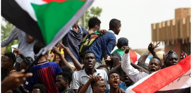 Sudan'da Milyonluk Protesto
