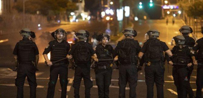 Irkçılığa isyan eden Etiyopyalı Yahudiler polisle çatıştı
