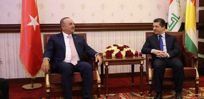 Çavuşoğlu'ndan Barzani'ye tebrik telefonu