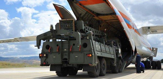 Sevkiyat ikinci gününde;S-400'leri taşıyan Rus uçağı Ankara'ya indi