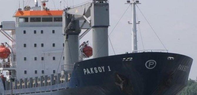 Türk gemisine korsan saldırısı: 10 mürettebat rehin alındı