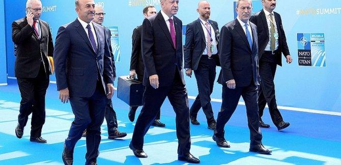 Vladimir Jirinovski:Erdoğan, bizzat bana NATO'dan çıkmaya hazır olduğunu söyledi
